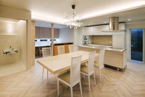 白板の家 | ココチエ一級建築士事務所